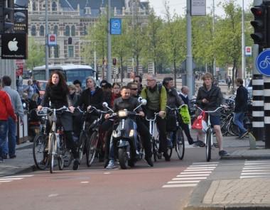 fietsers in stad